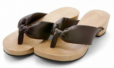 History of Vietnamese clogs