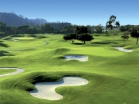 Vietnam Golf and Country Club Attracts Tourists Nationwide and Worldwide
