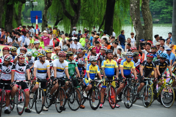 Nearly 500 cyclists to compete in Hanoi cycling event