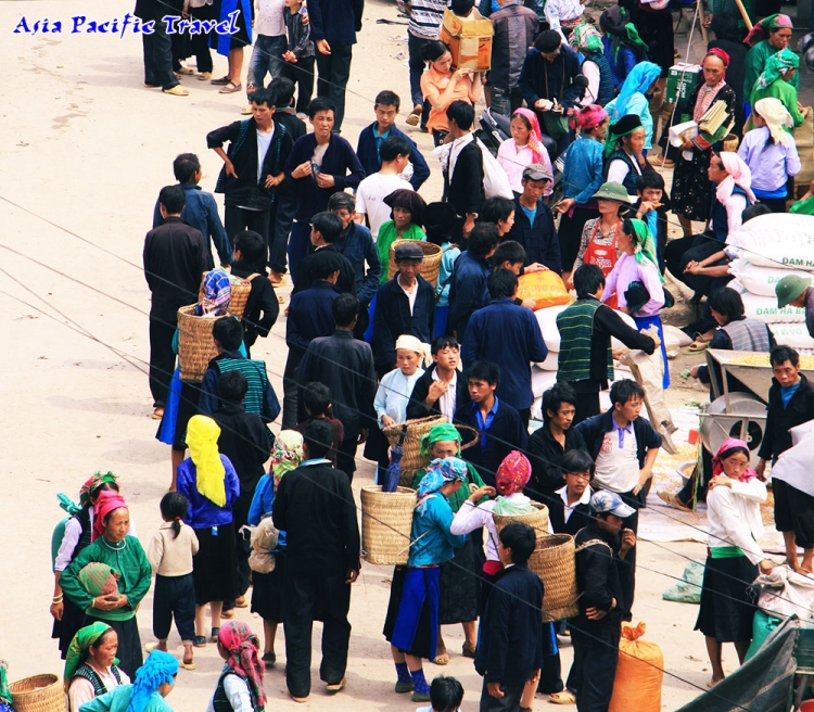 Mong ethnic people in Ha Giang celebrate New Year