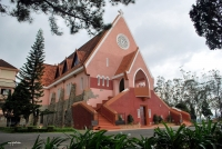 Domaine de Marie Church- The Harmonious Combination of Western and Eastern Architectural Style