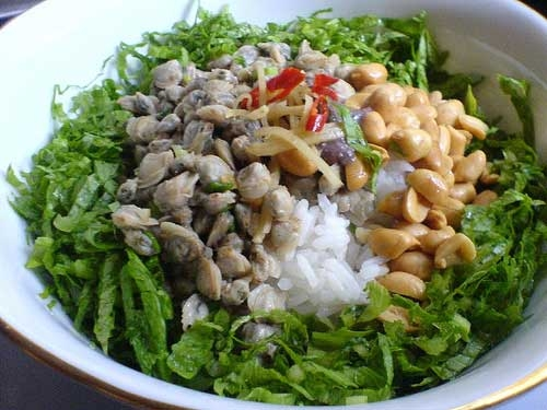 Com Hen( Rice with baby clams)- an attractive speciality of Hue