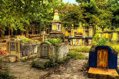Discover Ha Tien's History in Mac Cuu Family Tombs
